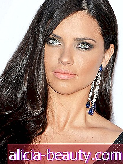 Adriana Lima's Frisyrspel Spilla DIY Hair Mask Recept