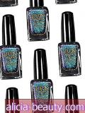 Denne Crazy Holographic Nail Polish har over 35K Pins på Pinterest