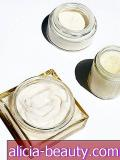 Pilihan Editor: The 9 Best-Smelling Body Cream