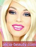 Se en Makeup Artist Transform til en Real-Life Barbie i 90 sekunder